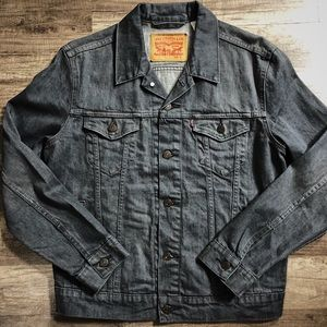 Men's Small Levi's Denim Jacket
